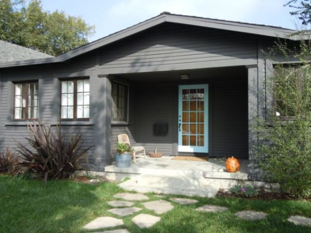 Ova nijansa sive jako je pogodna za postizanje modernog i chic izgleda kuće.