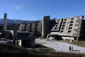 Ruševine ostataka hotela Igman na Igmanu