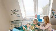 Moderni krovni prozori: Visoka izdržljivost, energetska učinkovitosti i sigurnost  Ako ste u procesu izrade ili rekonstrukcije Vašeg doma, donosimo nekoliko razloga zašto staviti krovne prozor. Osim toga što su vizuelno efektivni, krovni prozori imaju i drugih prednosti. Moderni krovni prozori optimalno su rješenje koje se koristi u građevinarstvu jer […]