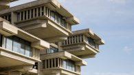 Paul Rudolph se pamti po svojim znamenitostima širom svijeta. Nakon svoje smrti donirao je svo intelektualno vlasništva američkom narodu, poklon koji je pomogao uspostaviti Centar za arhitekturu, dizajn i inženjerstvo u Kongresnoj biblioteci. Jedan od vodećih arhitekata modernističke ere Sjedinjenih Država, Paul Marvin Rudolph (23. oktobar 1918. – 8.august 1997.) […]