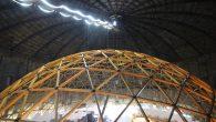 Ovaj projekat ima za cilj transformisati industrijsko područje u obrazovni i naučni centar s velikim projiciranim ekranom. Zabavni dio? Nalazi se u velikoj geodetskoj kupoli. Geometrijski model sastoji se uglavnom od drveta i metalnih veza za laganu i otpornu konstrukciju. Geodetska kupola Planetarija dio je velikih ideja da se industrijsko […]