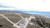 """VE """"Podveležje"""", instalirane snage 48 MW i procjenjene godišnje proizvodnje 130 GWh električne energije, prva je vjetroelektrana u vlasništvu JP Elektroprivreda BiH. Locirana je na podveleškom platou nadomak Mostara, jednoj od 11 strateških lokacija na kojima je JP Elektroprivreda BiH još 2009. godine, pokrenula intenzivnu kampanju mjerenja potencijala vjetra u […]"""